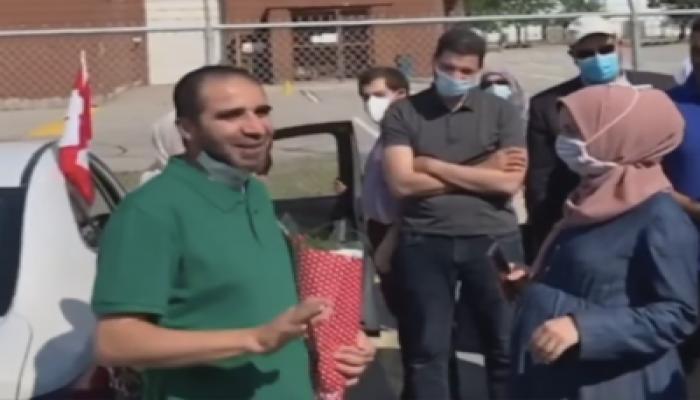 """""""ياسر الباز"""" فور عودته من سجون السيسي إلى كندا: الله يبسط الرزق لمن يشاء ويقدر"""