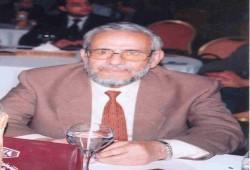 جلال عبدالعزيز.. لمحة من حياة المربي الصامد
