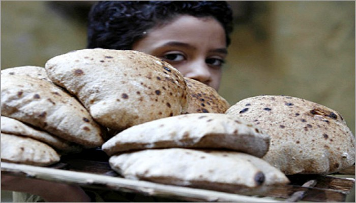 حكومة الانقلاب تعاند: لا تراجع عن تخفيض الخبز