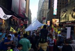 مظاهرة للائتلاف العالمي للمصريين بفيينا فى ذكرى مجزرة رابعة