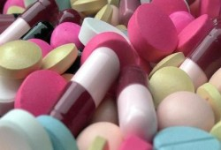"""""""الصيادلة"""": شركات الأدوية تتوقف عن التوريد بسبب """"زيادة الأسعار"""""""