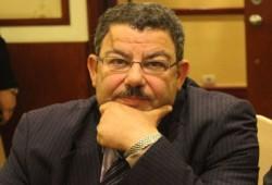 د.سيف عبدالفتاح: السفاح أكبر مروج للمخدرات المضحكة