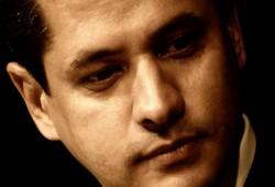 """الشاعر عبد الرحمن يوسف يكشف أهداف السفاح من """"المصالحة"""""""