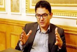 د. محسوب يندد بمجاهرة رجل أعمال انقلابي بعلمه بمذبحة رابعة