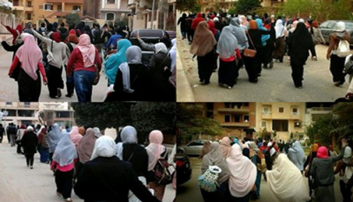 """بالصور.. طلاب جامعات أكتوبر يرفضون مؤتمر """"بيع مصر"""""""