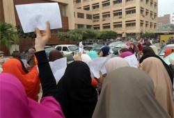 انتفاضة بالمجمع الطبي بشبين الكوم ضد اعتقال الطلاب