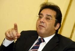 """د. أيمن نور: لا غرابة أن يحكمنا عباس كامل بعد """"ثورة"""" قائدها بانجو"""