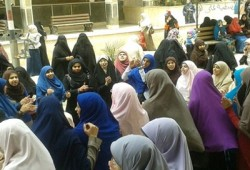 فيديو.. طالبات أزهر المنصورة يهتفن ضد قمع الحريات