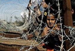 أطفال غزة يشاركون في وقفة للمطالبة بفتح معبر رفح