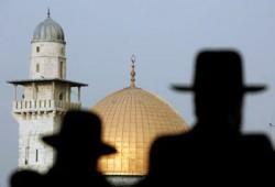 الاحتلال يهدم قرية بوابة القدس للمرة التاسعة