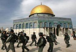 """الاحتلال يهدم قرية """"بوابة القدس الشرقية"""" للمرة الثانية"""