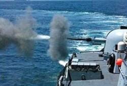 زوارق الاحتلال تفتح نيرانها تجاه قوارب صيد بغزة