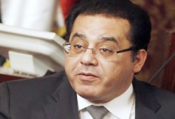 تعليق أيمن نور على سقوط القضاء تحت أقدام العسكر