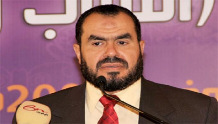 مفارقات بين ثبات المتظاهرين السلميين وخسة الانقلابيين الدمويين
