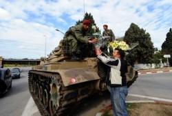 على العريض: الأمن والجيش يحميان ديمقراطية تونس الناشئة