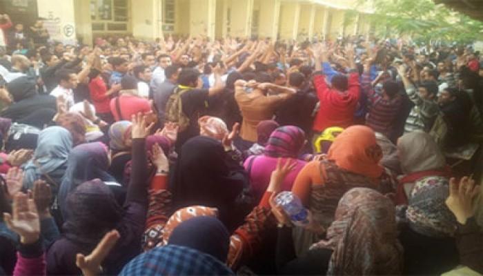 مسيرة لطالبات الدراسات الإسلامية بالإسكندرية تهتف بالحرية للمعتقلين