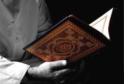 هَلْ يَتَخَلَّى الرَّحْمَنُ عَنْ أَوْلِيَائِه؟! .. هذا جوابُ القُرْآنِ العَظِيم