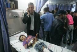 """استشهاد """"صحفي"""" و""""مسعف"""" في القصف على حي الشجاعية بغزة"""