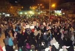 وقفة ليلية حاشدة ببئر العبد تطالب بمحاكمة الانقلابيين