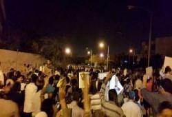 سلسلة بشرية على طريق شبين الكوم- السادات رفضًا للانقلاب