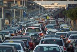 """قرار """"الطرطور"""" بتعديل قانون المرور.. الانقلاب يخرب بيوت الغلابة"""