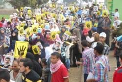 إشارة رابعة.. رمز الصمود يطارد الانقلابيين