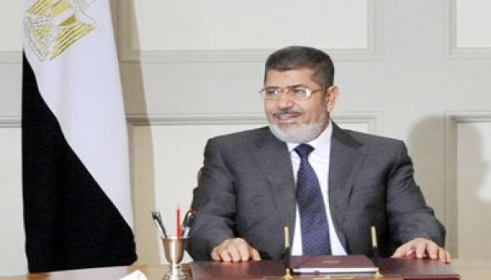هيئة الدفاع عن الرئيس مرسي تلقي بيانه إلى الشعب المصري ظهر اليوم