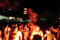 بالصور.. تظاهرة للألتراس للمطالبة بالإفراج عن زملائهم في قضية إستاد بورسعيد