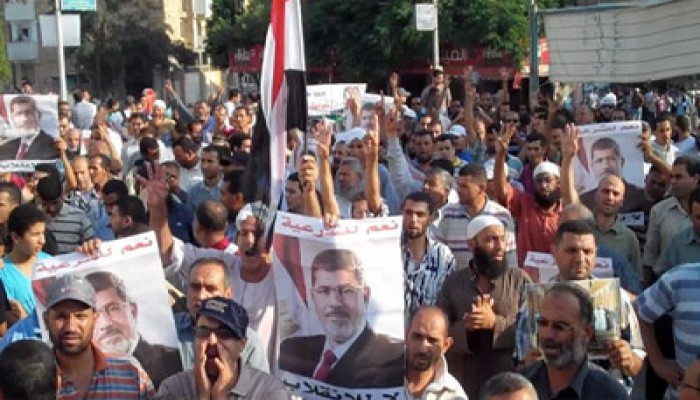 """رسالة من الإخوان المسلمين """"سلميتنا.. سر قوتنا"""""""