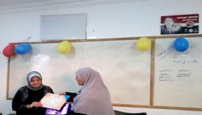 """تكريم الأمهات المثاليات بـ""""الحرية والعدالة"""" بالشيخ زايد"""