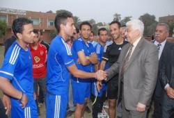 محافظ أسيوط يكرم فريق الوليدية ويؤكد دعمه للرياضة