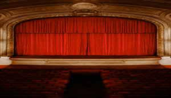 مدير المهرجان القومي للمسرح: جميع المسارح مؤمنة تمامًا