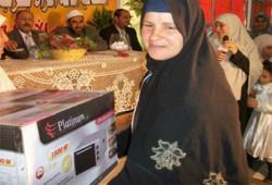 إخوان الشرقية يهدون رحلتي عمره للأُمَّينِ المثاليتين بكفر صقر
