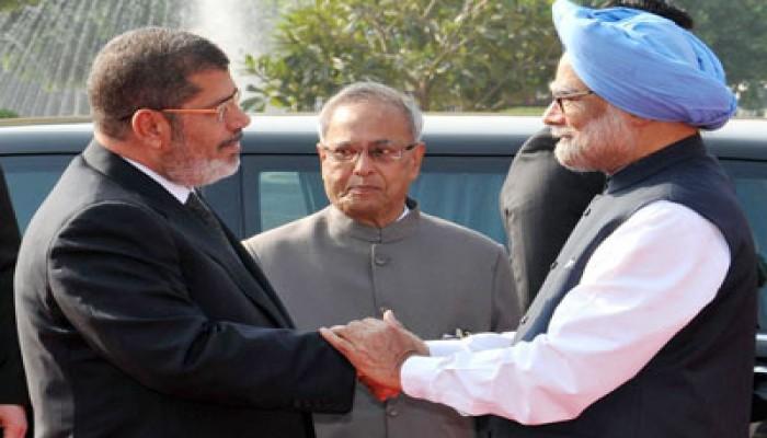 الإعلام الهندي يشيد بزيارة الرئيس مرسي ويبرز أهم الاتفاقيات