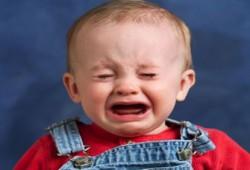 عيون الرضع مفتاح سحري لمعرفة أسباب بكائهم