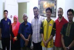 وفد ماليزي يزور منزل الإمام الشهيد حسن البنا بالمحمودية