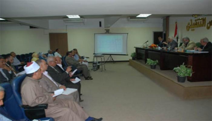 محافظ أسيوط: القضاء على الأمية من أهم أهداف المحافظة