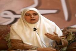 """د. هبة رءوف تطالب بمشروع متكامل لـ""""أطفال الشوارع"""""""
