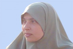 عزة مختار تكتب: زوجة في محراب بيتها