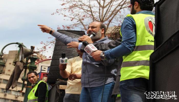 صفوت حجازي في خطبة التحرير: الشعب سيسقط الفلول