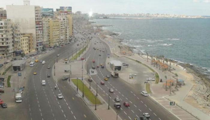 استمرار حملة تنظيف الإسكندرية من لافتات الفلول