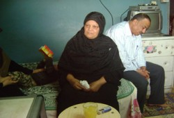 """أسرة الشهيد مصطفى الصاوي: نتطلع لفوز """"الشاطر"""""""