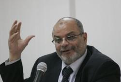 زعيم أغلبية البرلمان: سفر ممثلي المنظمات الأجنبية فضيحة للحكومة