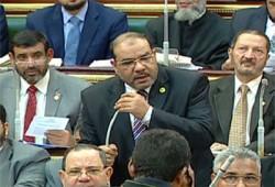 عزب مصطفى يتقدم بمشروع قانون للخصخصة