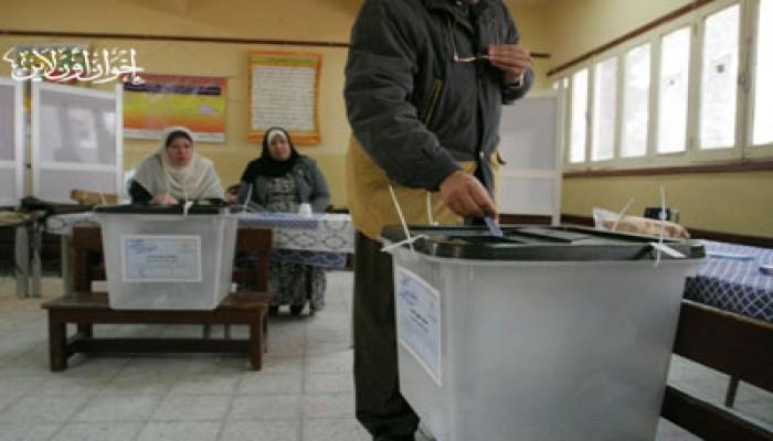 """قاض بالسويس يدعو الناخبين لعدم اختيار """"الحرية والعدالة""""!"""