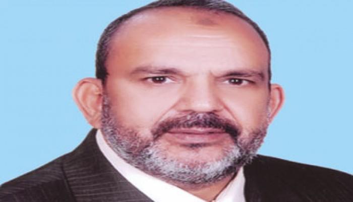 """نائب """"الحرية والعدالة"""" بالمنيا يحل أزمة قطارات أبو قرقاص"""