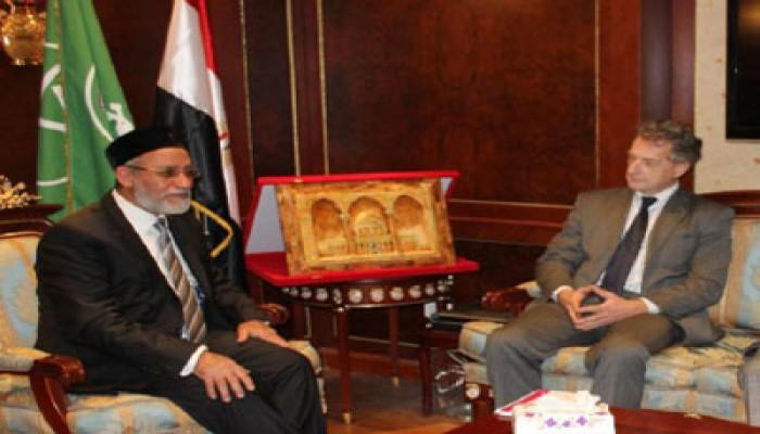 المرشد العام يستقبل وفد جمعية الصداقة الفرنسية المصرية