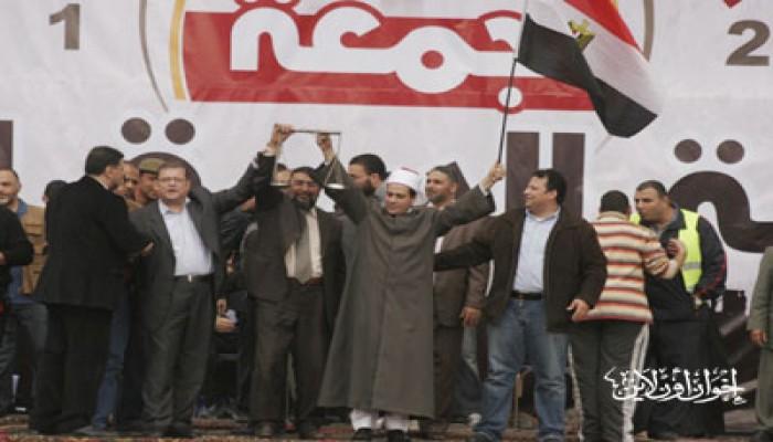 خطيب التحرير: الشعب المصري لن يقبل الوصاية عليه