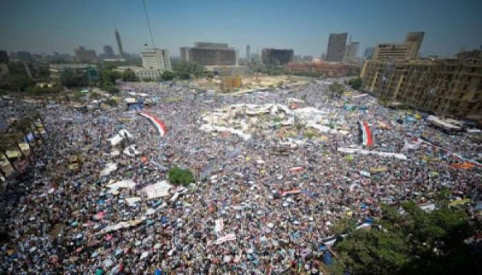 تأمين ميدان التحرير.. الشعب يحمي ثورته