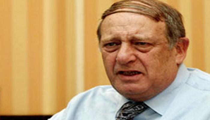 """البورصة تنفي انسحاب المؤسسات العربية احتجاجًا على محاكمة """"المخلوع"""""""